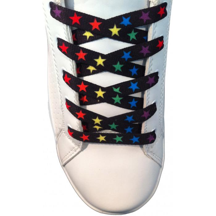 Värikkäät tähtikuvioiset kengännauhat