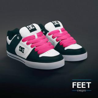 Superleveät tumman pinkit kengännauhat