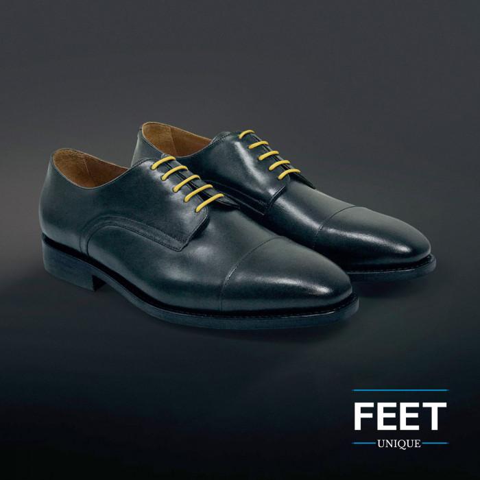 Pyöreät keltaiset puvun kengännauhat